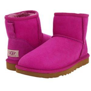 UGG Classic Mini Boot Size 11